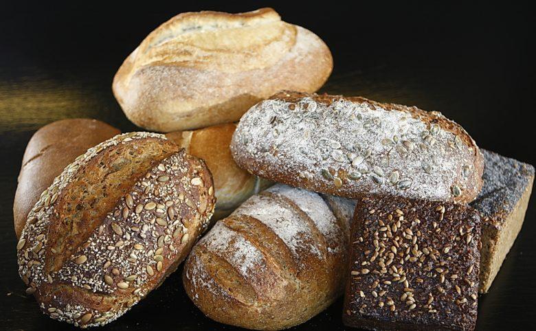 Imagen de panes, que contienen gluten. El gluten es un agente alérgeno muy común